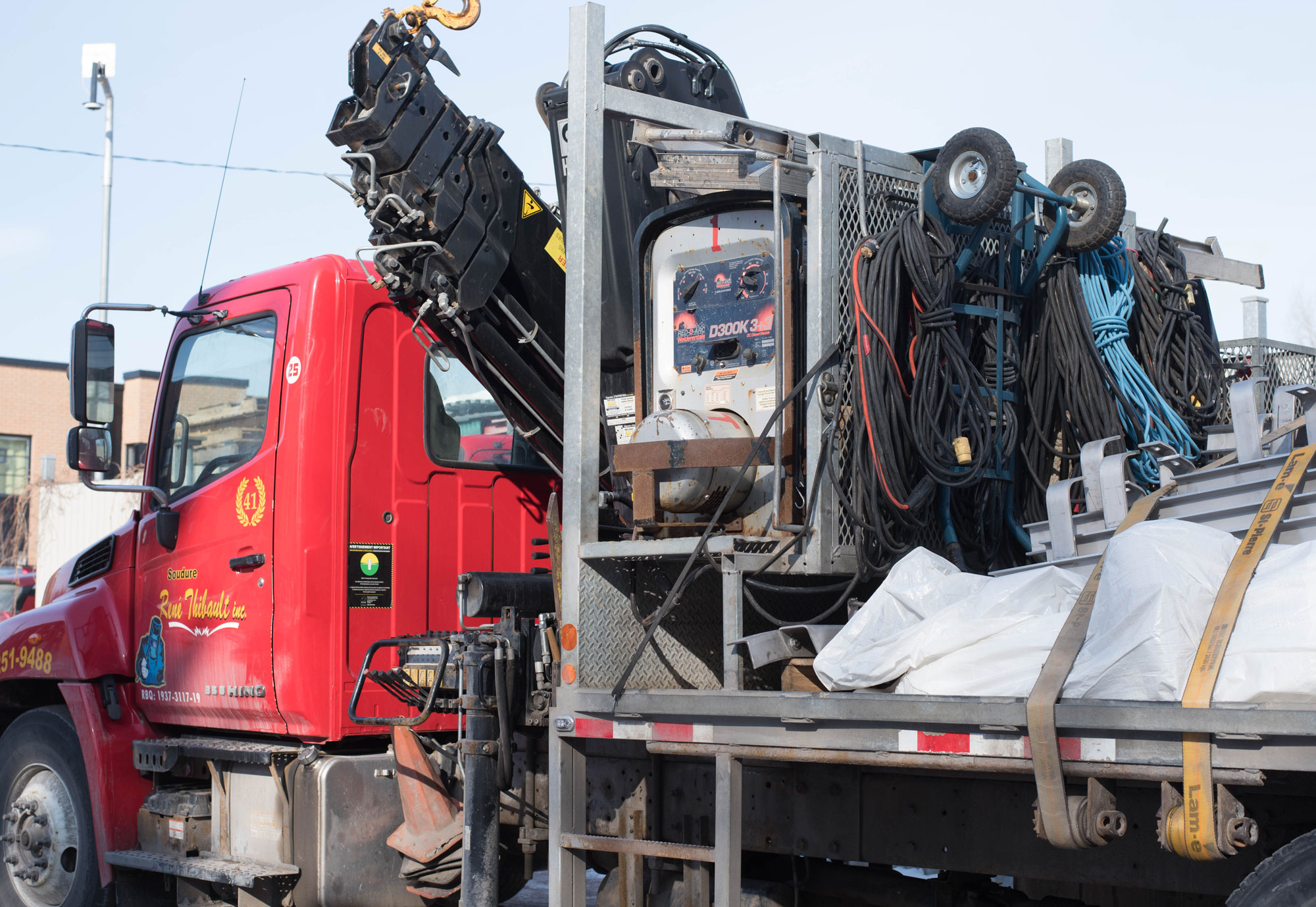 Notre camion-grue | Soudure René Thibault | Livrer. Toujours.